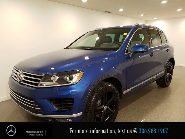 Pre-Owned 2017 Volkswagen Touareg Execline Two Tone Leather Heated Seats CAM NAV