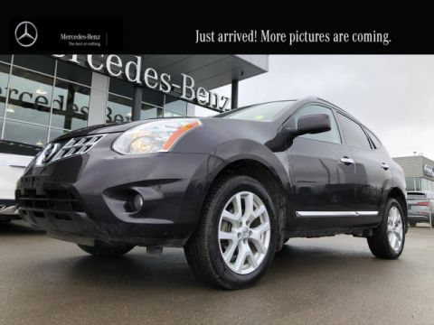 Pre-Owned 2013 Nissan Rogue SV Locally Owned Heated Seats CAM